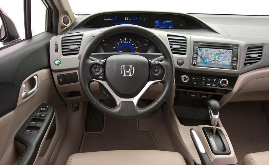 2012 Honda Civic EX-L sedan - Slide 19