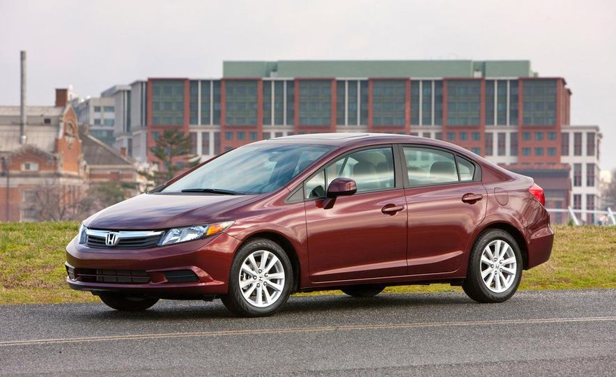 2012 Honda Civic EX-L sedan - Slide 1