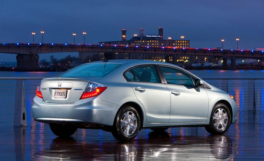 2012 Honda Civic EX-L sedan - Slide 30