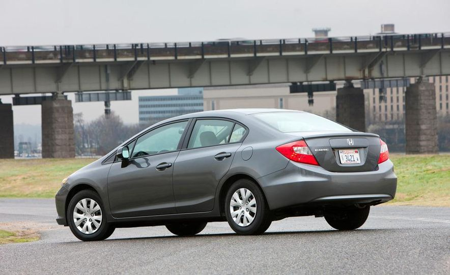 2012 Honda Civic EX-L sedan - Slide 27