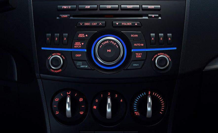 2012 Mazda 3 sedan - Slide 37