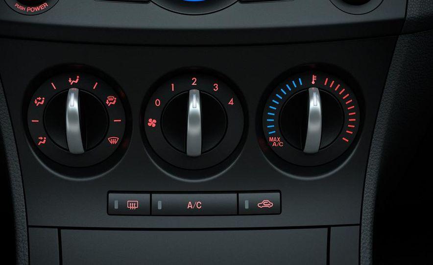 2012 Mazda 3 sedan - Slide 38