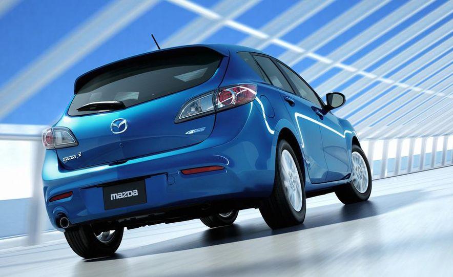 2012 Mazda 3 sedan - Slide 17