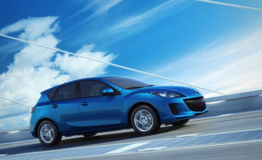 2012 Mazda 3 sedan - Slide 15