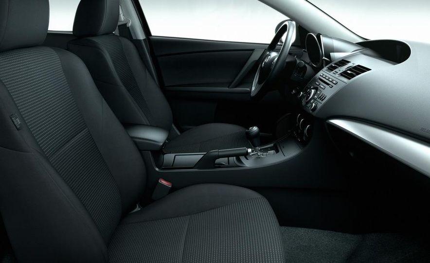2012 Mazda 3 sedan - Slide 28