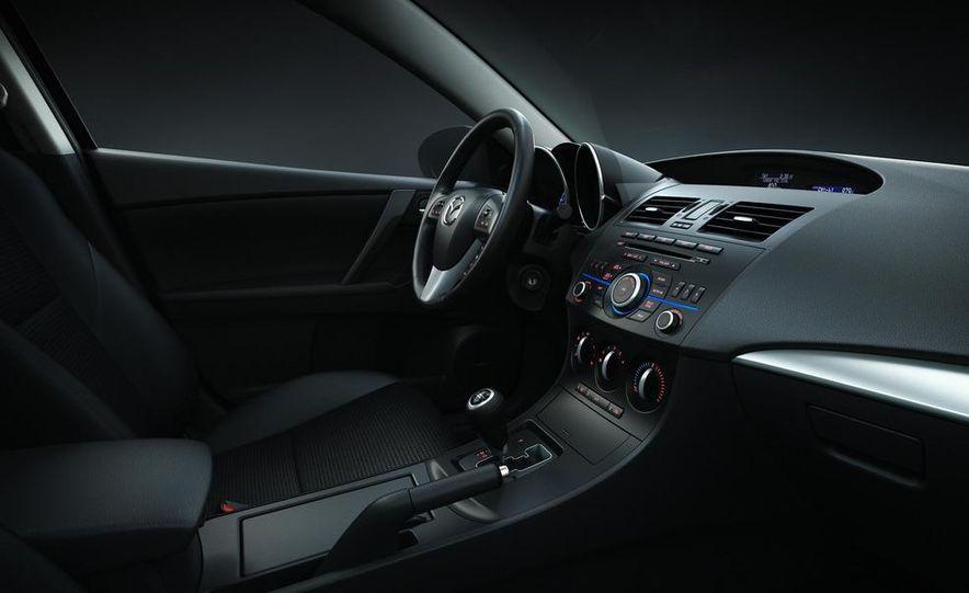 2012 Mazda 3 sedan - Slide 29