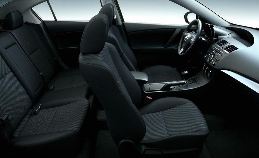 2012 Mazda 3 sedan - Slide 32