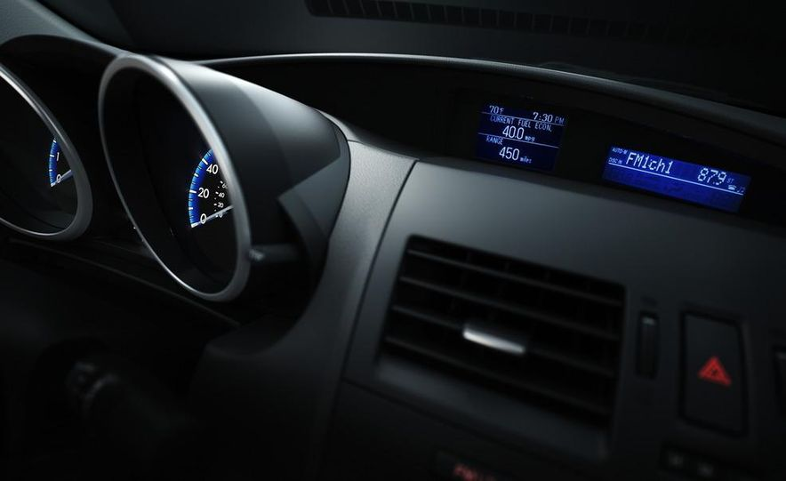 2012 Mazda 3 sedan - Slide 40