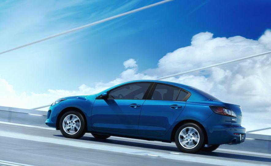 2012 Mazda 3 sedan - Slide 24