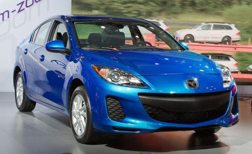 2012 Mazda 3 sedan - Slide 2