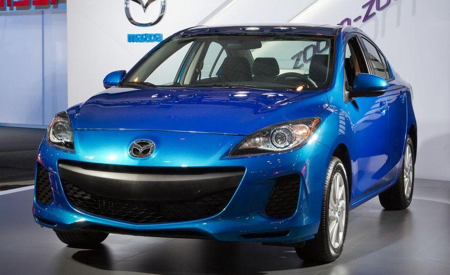 2012 Mazda 3 sedan - Slide 9