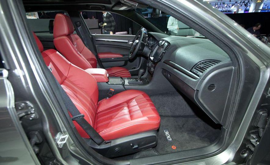 2012 Chrysler 300 S - Slide 14