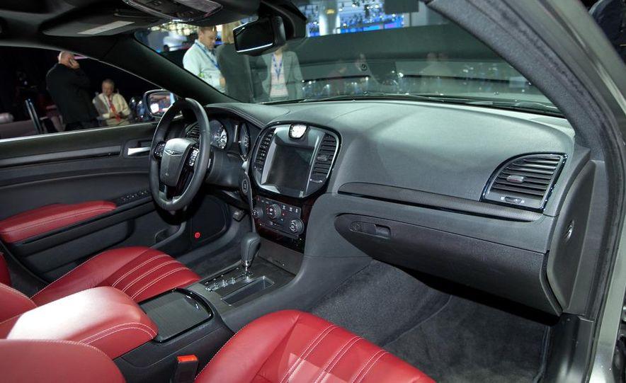 2012 Chrysler 300 S - Slide 15