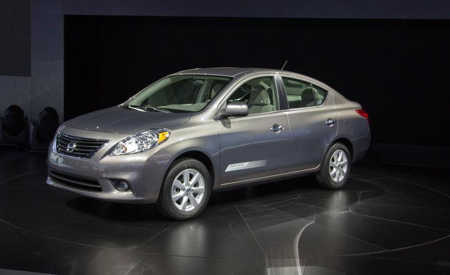 2012 Nissan Versa sedan - Slide 1