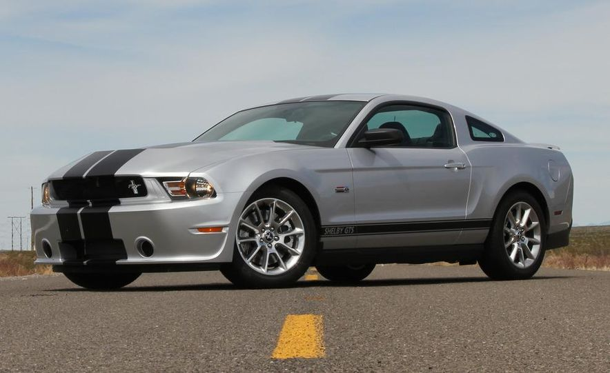 2012 Ford Mustang Shelby GTS - Slide 2