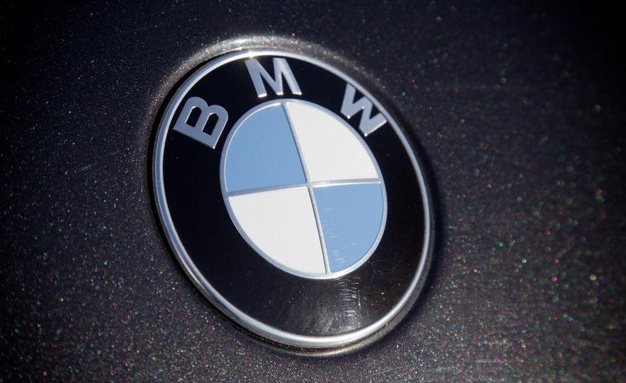 2010 BMW 750Li xDrive - Slide 20