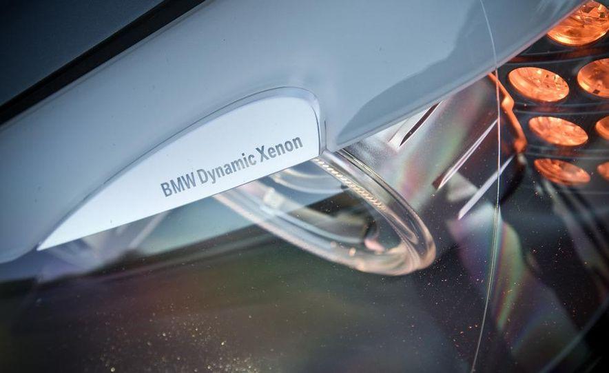 2010 BMW 750Li xDrive - Slide 22