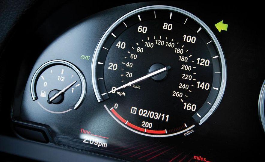2010 BMW 750Li xDrive - Slide 43