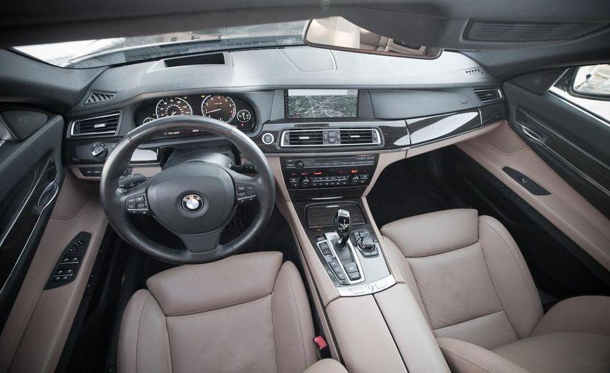 2010 BMW 750Li xDrive - Slide 27