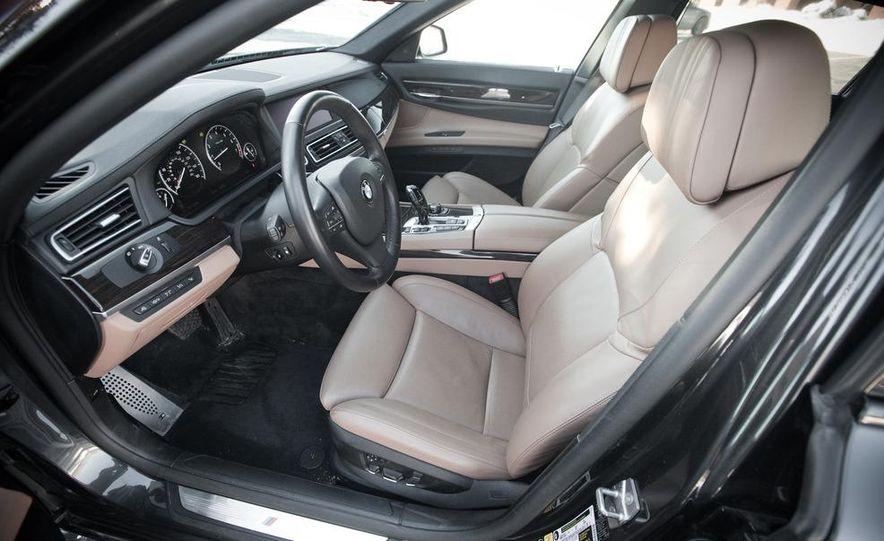 2010 BMW 750Li xDrive - Slide 28