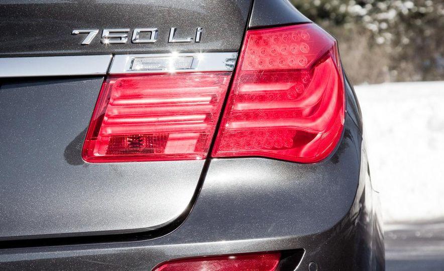2010 BMW 750Li xDrive - Slide 15