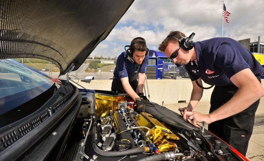 Kia Forte Koup race car - Slide 36