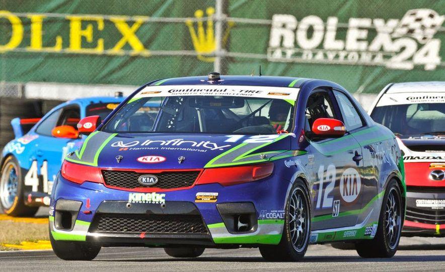 Kia Forte Koup race car - Slide 8