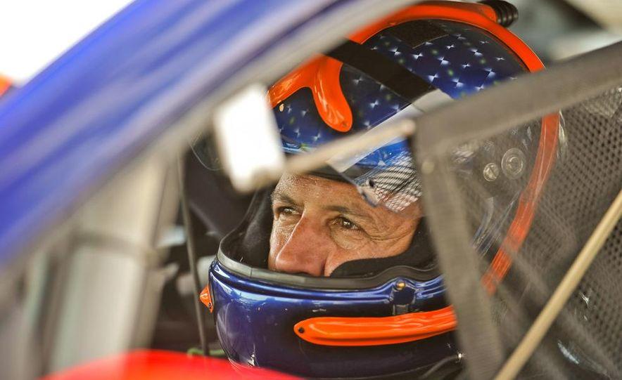 Kia Forte Koup race car - Slide 34