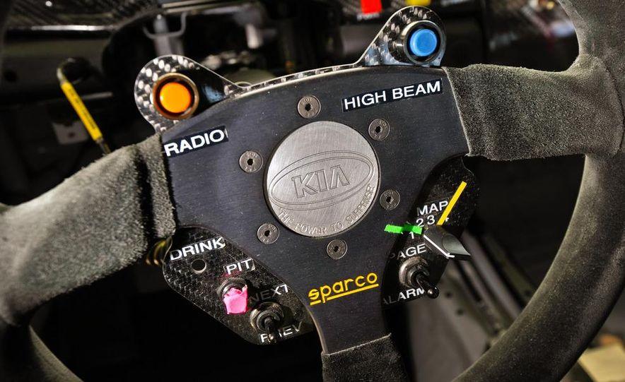 Kia Forte Koup race car - Slide 12