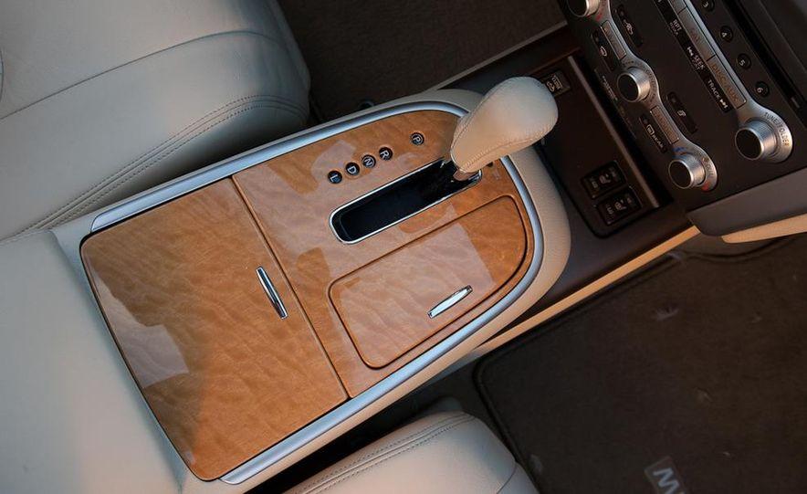 2011 Nissan Murano CrossCabriolet - Slide 26