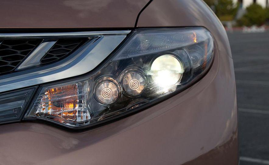 2011 Nissan Murano CrossCabriolet - Slide 14