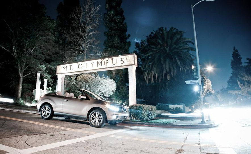 2011 Nissan Murano CrossCabriolet - Slide 1