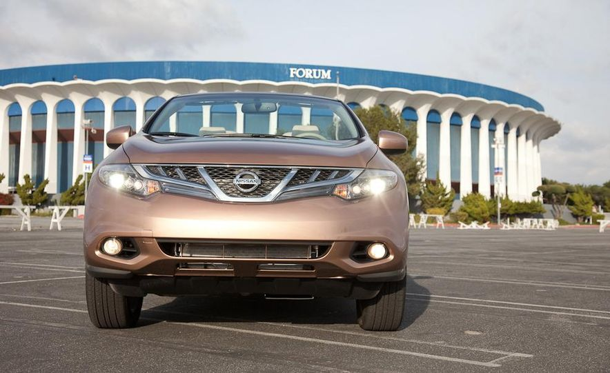2011 Nissan Murano CrossCabriolet - Slide 2