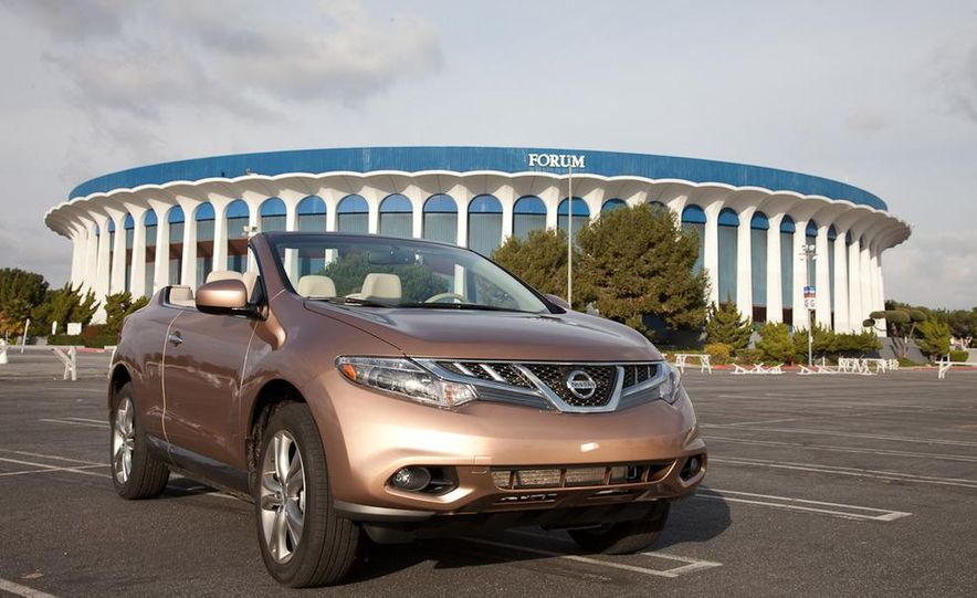 2011 Nissan Murano CrossCabriolet - Slide 3