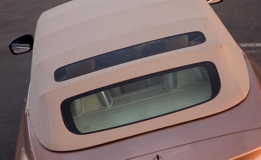2011 Nissan Murano CrossCabriolet - Slide 11