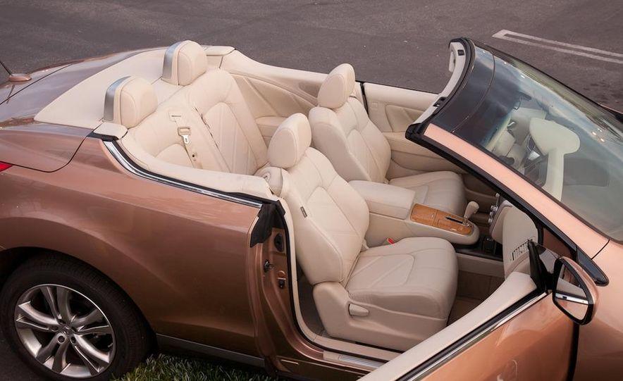 2011 Nissan Murano CrossCabriolet - Slide 18