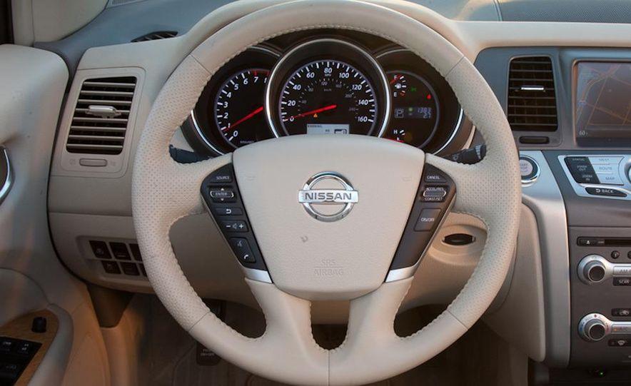 2011 Nissan Murano CrossCabriolet - Slide 23
