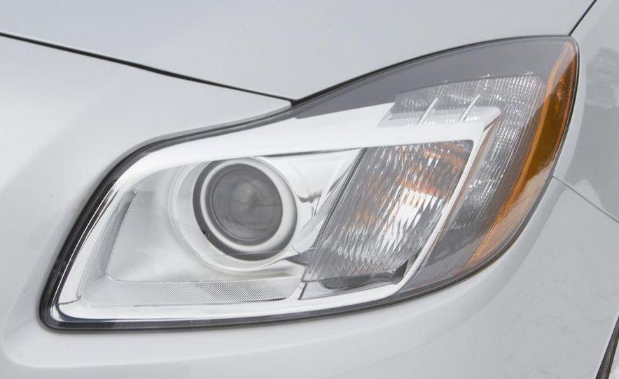 2012 Opel Astra GTC - Slide 21