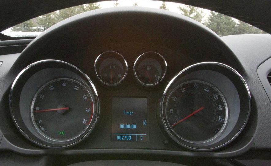 2012 Opel Astra GTC - Slide 34