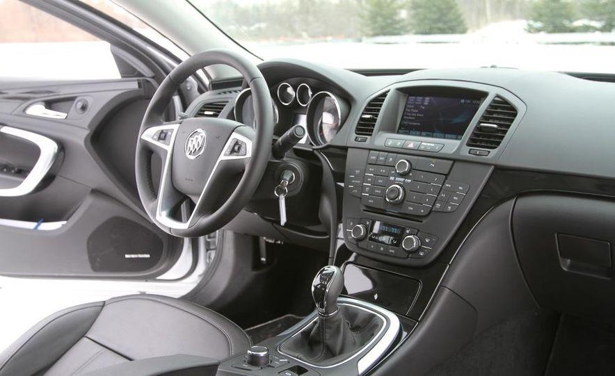 2012 Opel Astra GTC - Slide 26