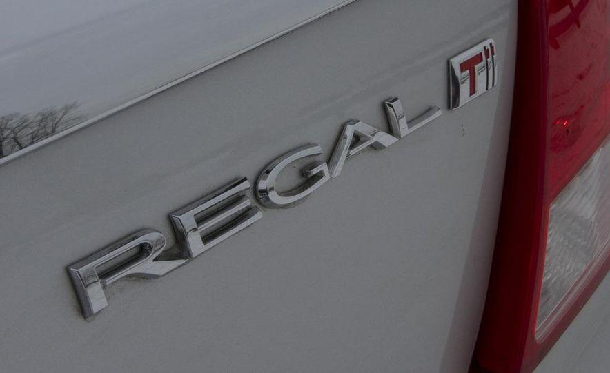 2012 Opel Astra GTC - Slide 22