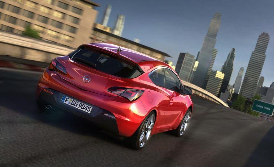 2012 Opel Astra GTC - Slide 2