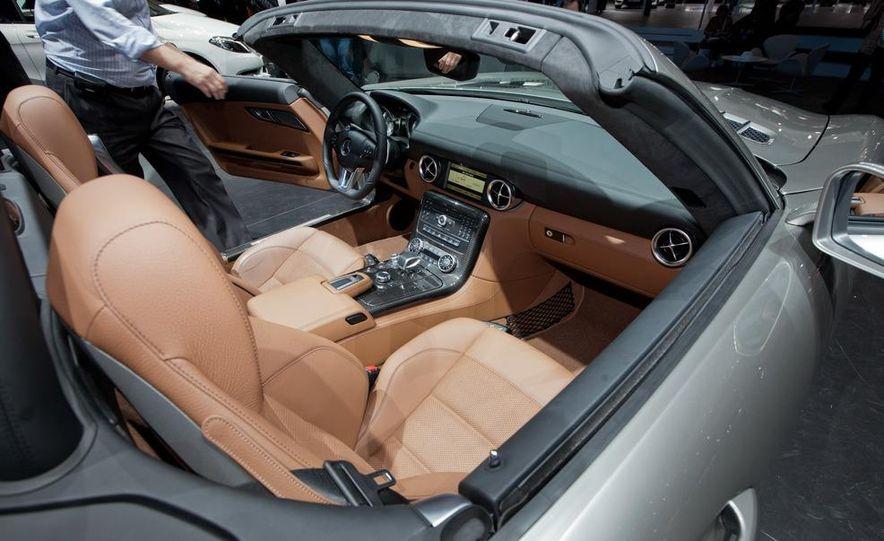 2012 Mercedes-Benz SLS AMG roadster - Slide 14