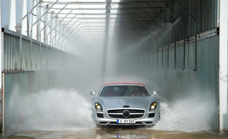 2012 Mercedes-Benz SLS AMG roadster - Slide 54
