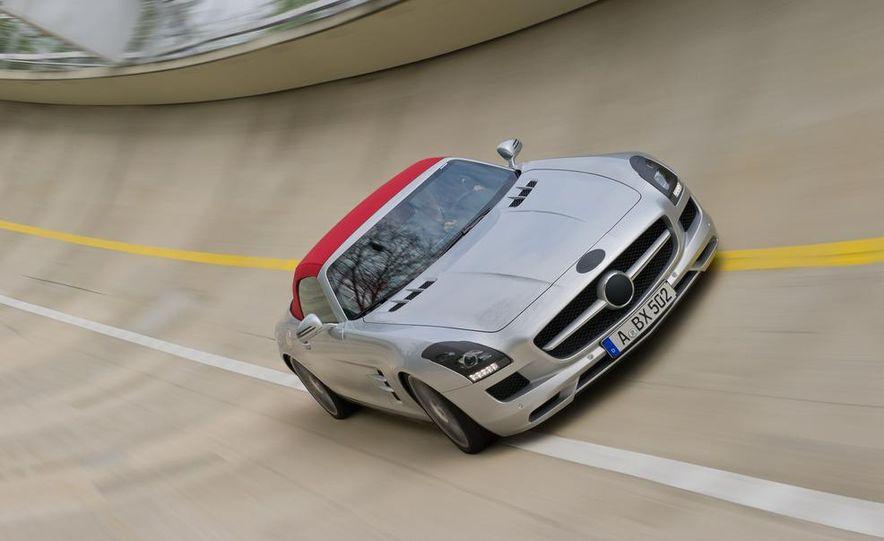 2012 Mercedes-Benz SLS AMG roadster - Slide 56
