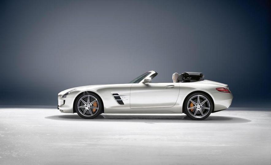 2012 Mercedes-Benz SLS AMG roadster - Slide 18