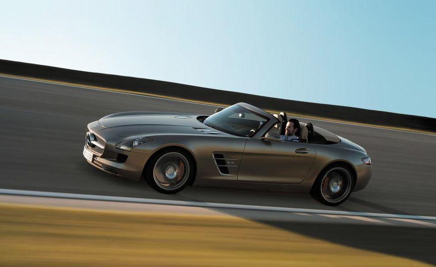 2012 Mercedes-Benz SLS AMG roadster - Slide 43
