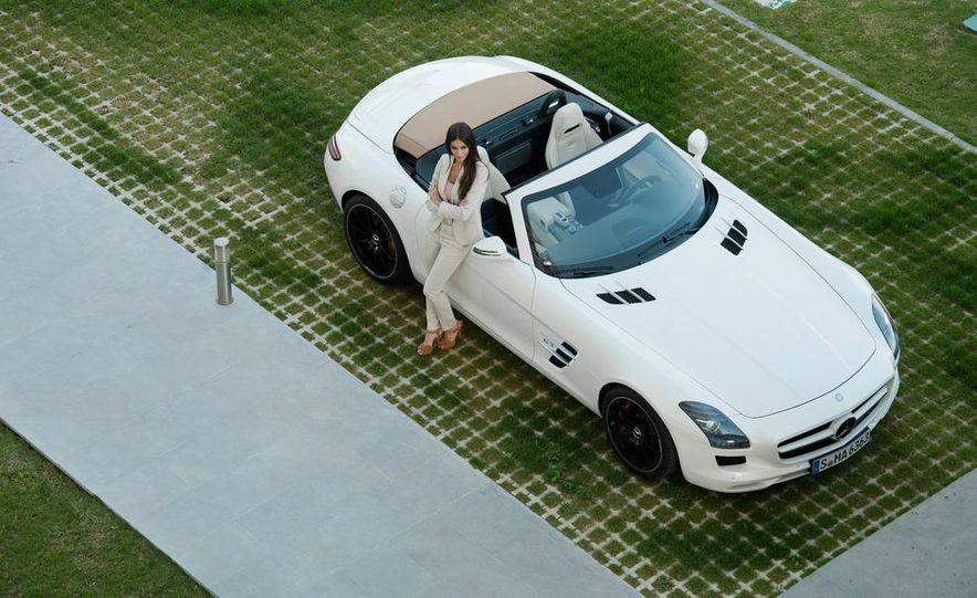 2012 Mercedes-Benz SLS AMG roadster - Slide 33