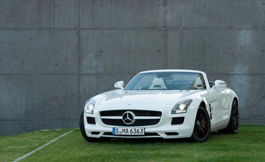 2012 Mercedes-Benz SLS AMG roadster - Slide 35