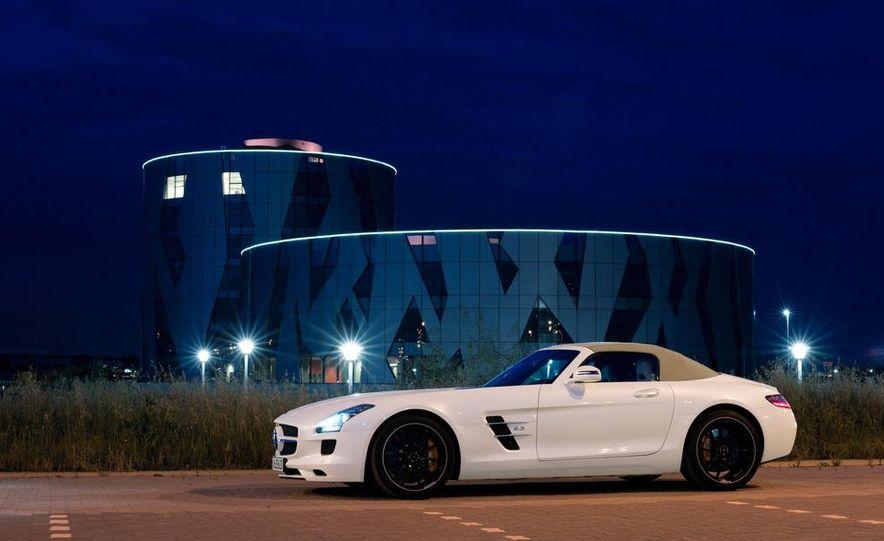 2012 Mercedes-Benz SLS AMG roadster - Slide 38